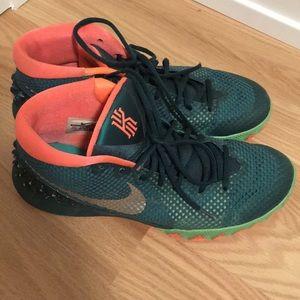 "Nike Kyrie 1 ""Venus Fly Trap"" Size 10.5"